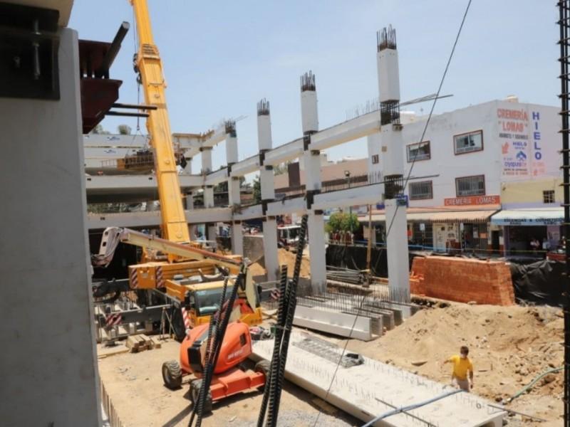 Supervisan obras en mercado de lomas de Casablanca