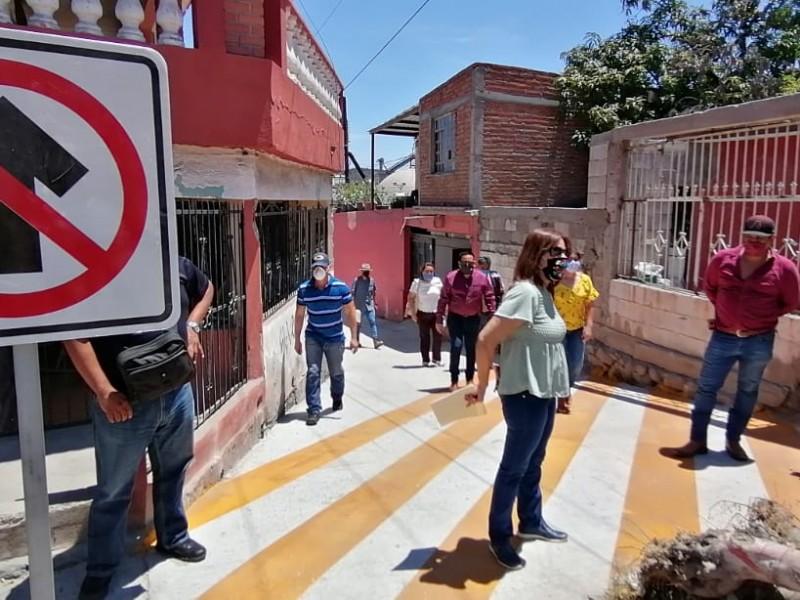 Supervisan pavimentación en Callejón de Punta Arena