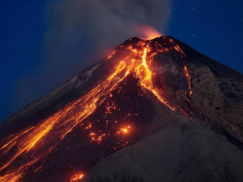 Suspende búsqueda de víctimas del volcán de Fuego