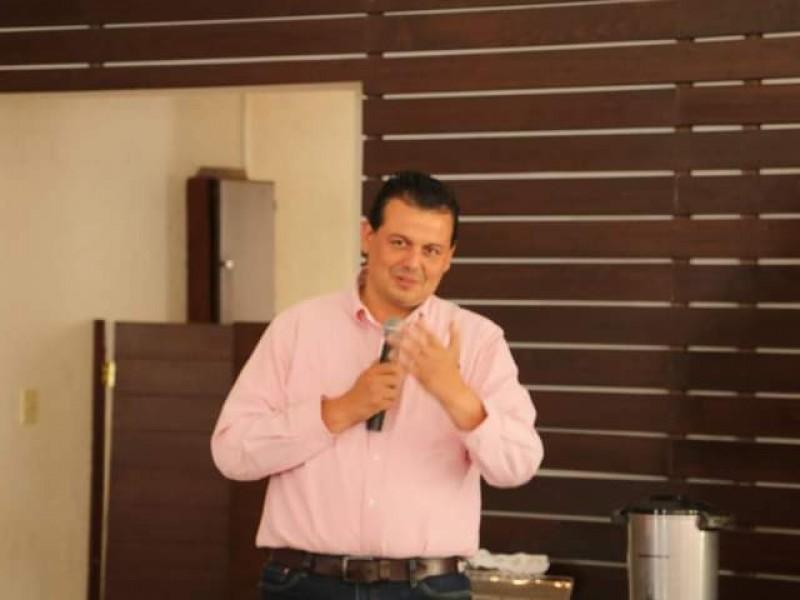 Suspende Memo Valencia actividades de campaña tras atentado