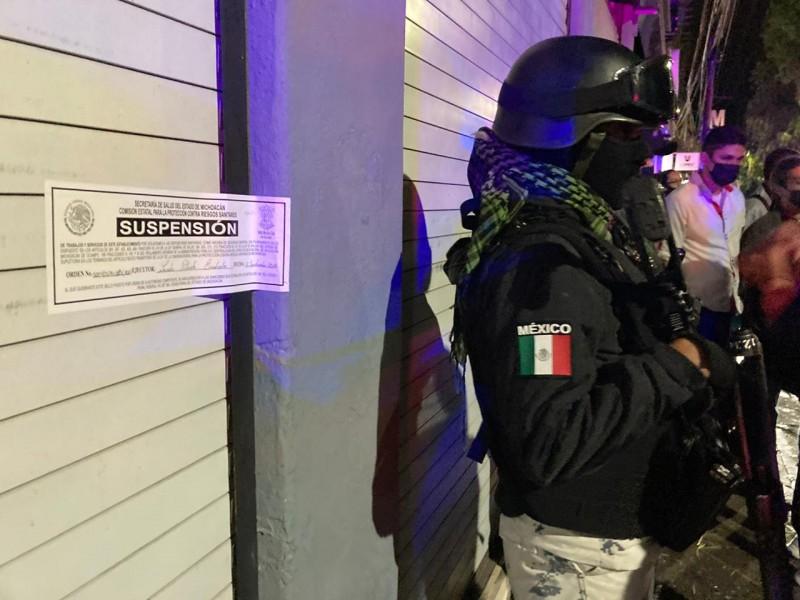 Suspenden 9 establecimientos en Morelia, Apatzingán y Múgica