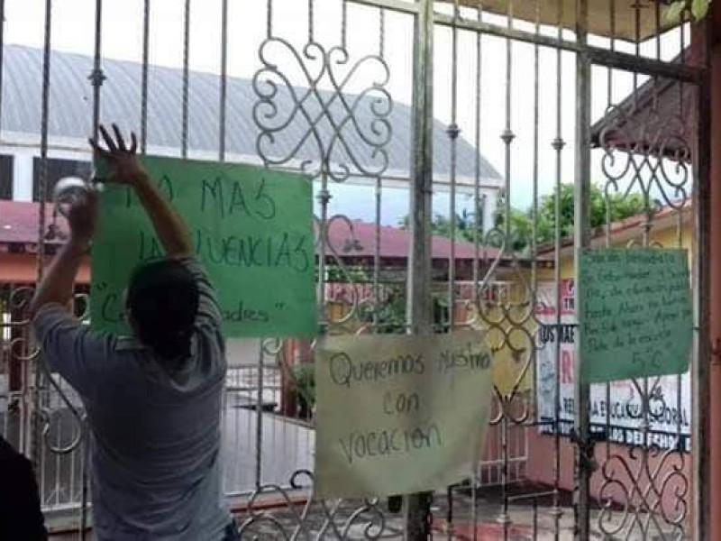 Suspenden clases en primaria de Pichucalco