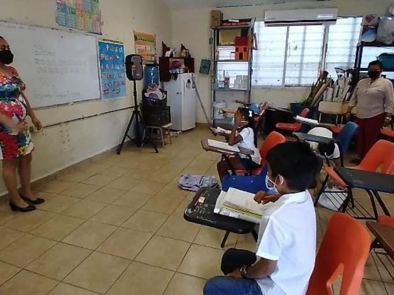Suspenden clases presenciales en Zihuatanejo por  huracán