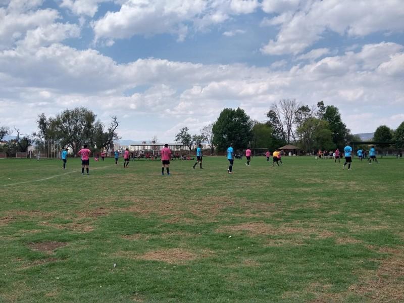 Suspenden reanudación de liga municipal de fútbol en Morelia