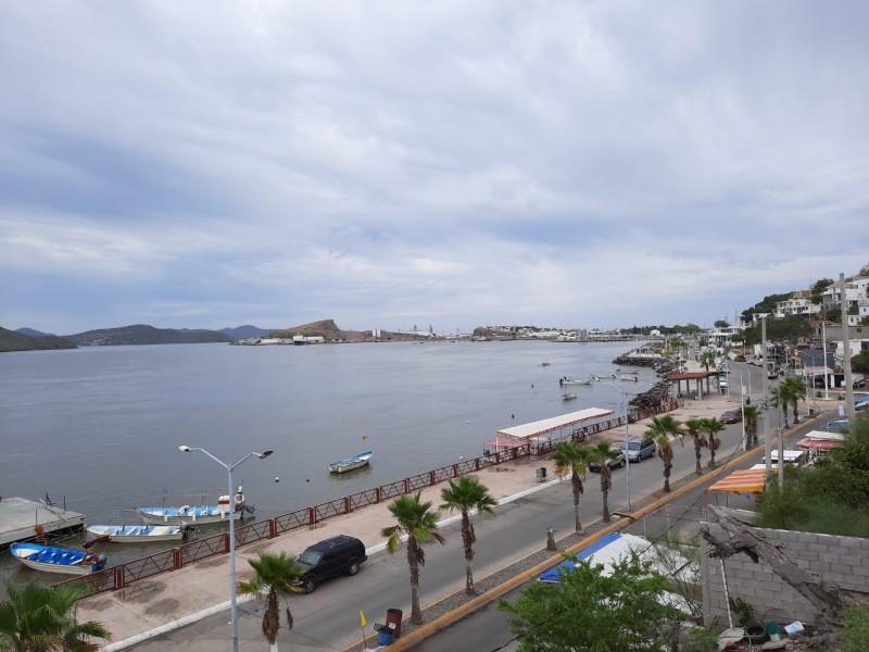 Suspenden turismo y pesca en Topolobampo por