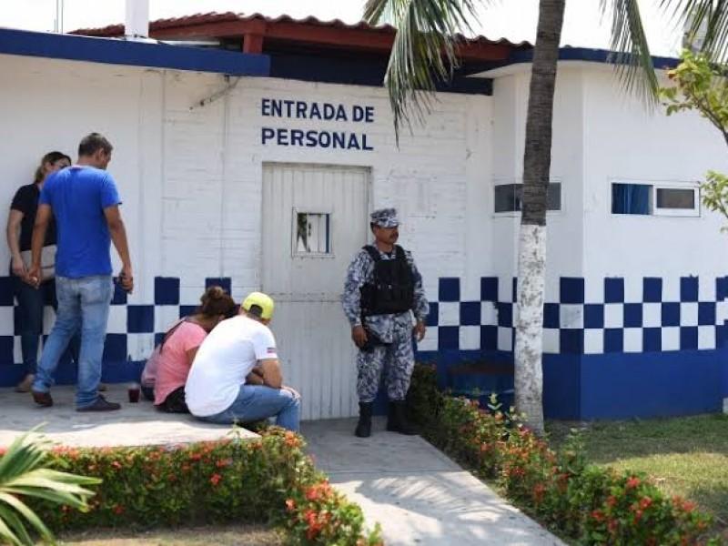 Suspenden visitas en CERESOS por coronavirus