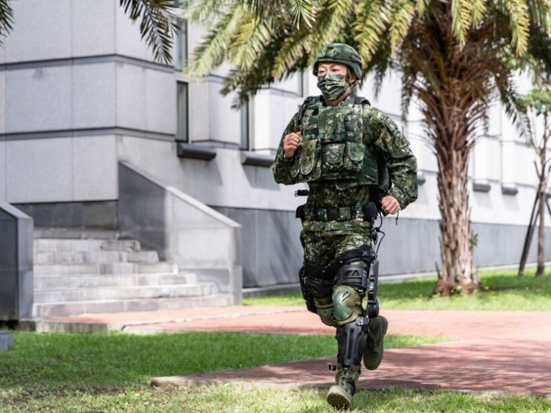 Taiwán desarrolla exoesqueleto para sus fuerzas armadas