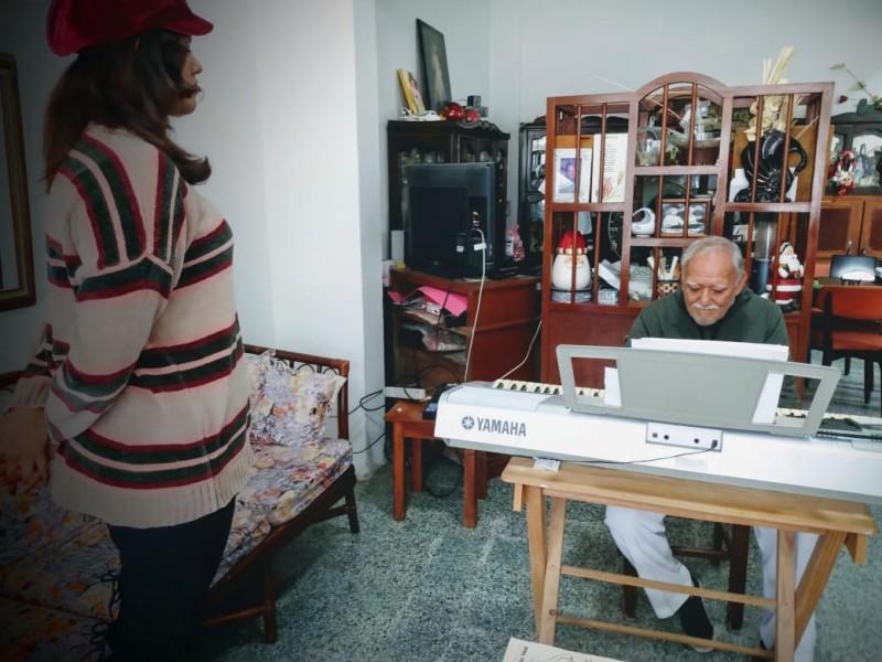 Talentos musicales emigran por falta de espacios