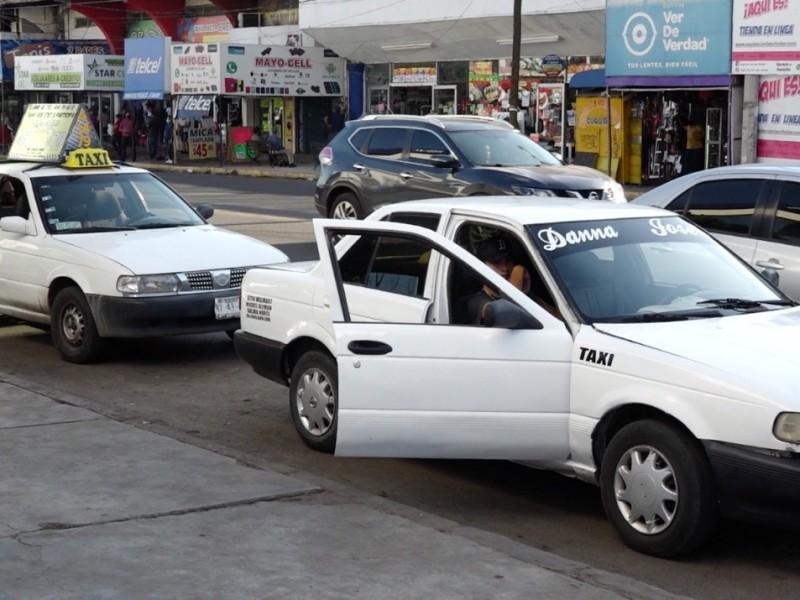 Taxis ruleteros, un beneficio que genera caos en Obregón