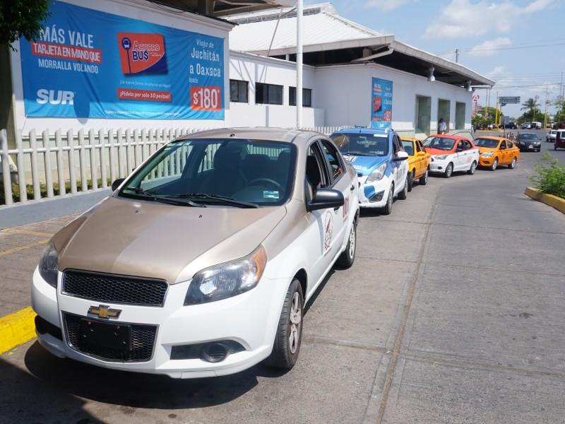 Taxistas de Juchitán paran labores por el Covid-19