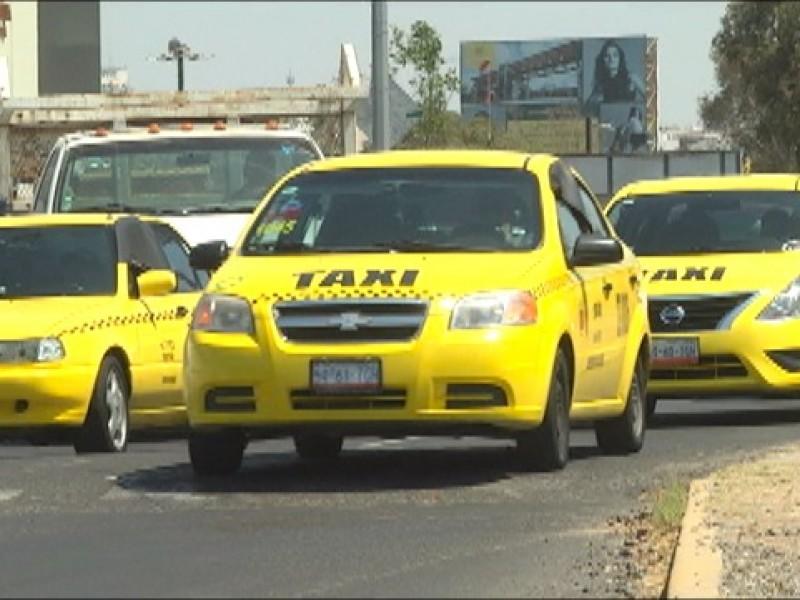 Taxistas desconocen como se aplicará el taxímetro