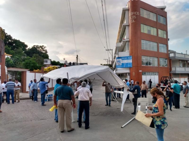 Taxistas levantan bloqueo bajo promesa de conciliación