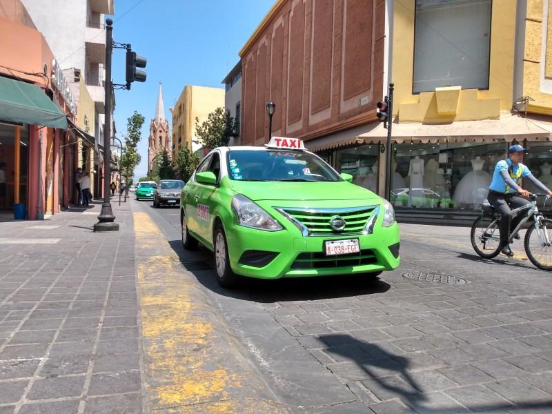Taxistas más que tener ingresos empiezan acumular deudas