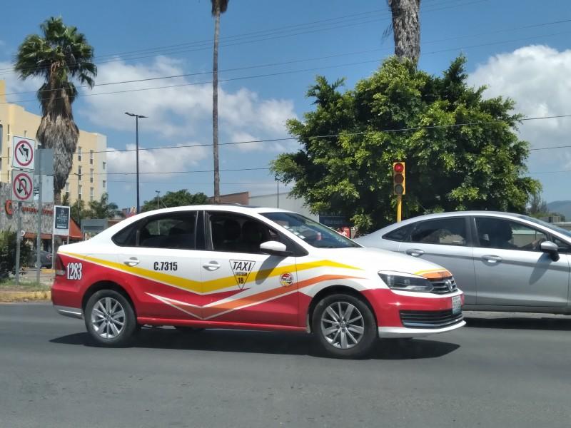 Taxistas piden piso parejo, ante competencia de Uber y Pronto