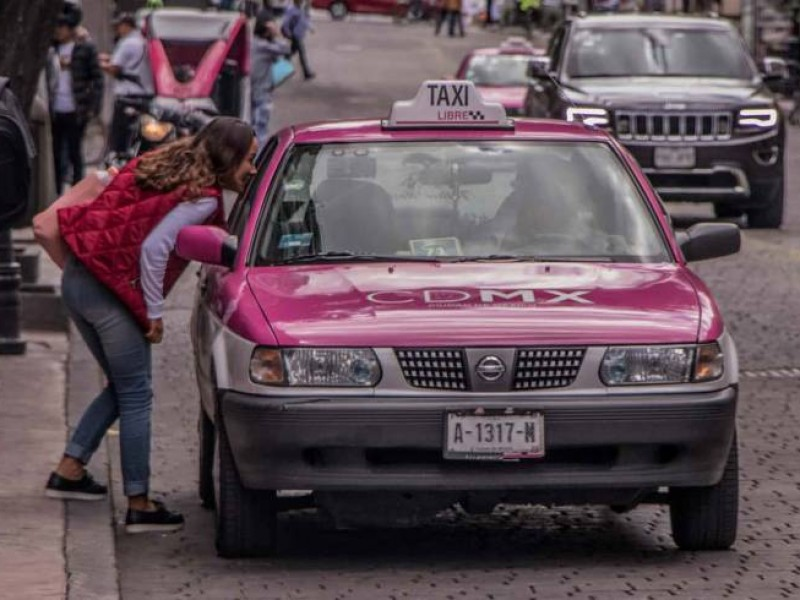 Taxistas protestarán en contra de apps móviles