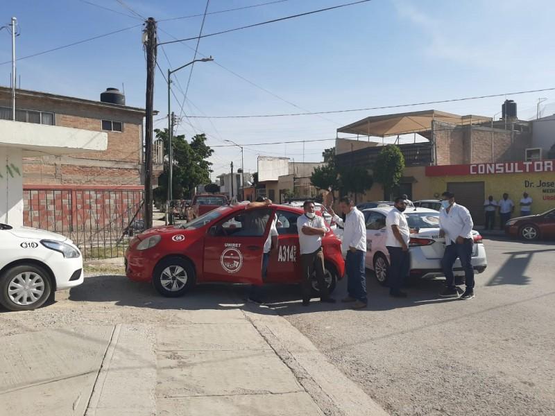 Taxistas reclama a AMLO gasolinazos