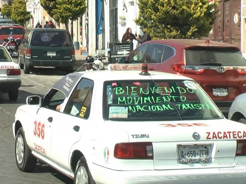 Taxistas se manifiestan contra Ley de Movilidad Urbana