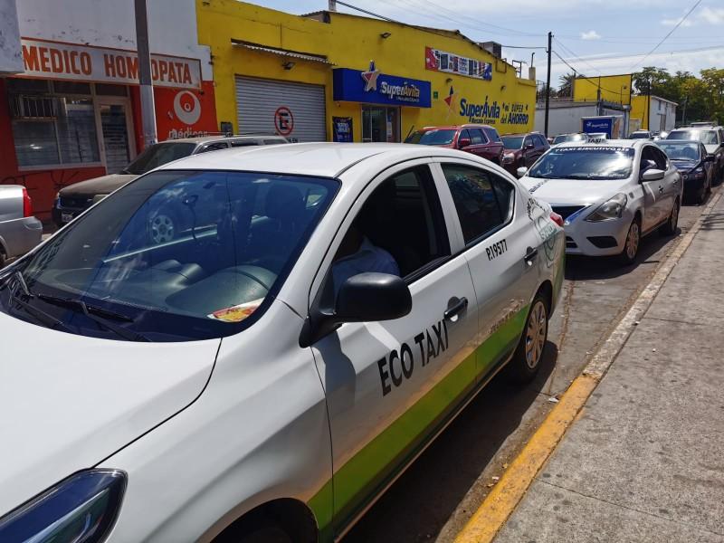 Taxistas temen ser afectados por asaltos a transporte