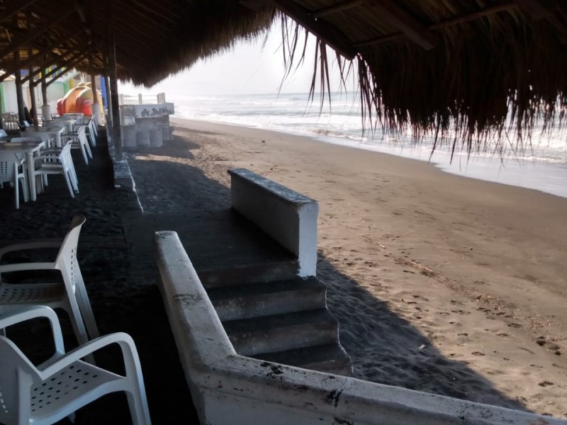 Tecomán, sin determinar nuevo cierre de playas; analizan nuevas estrategias