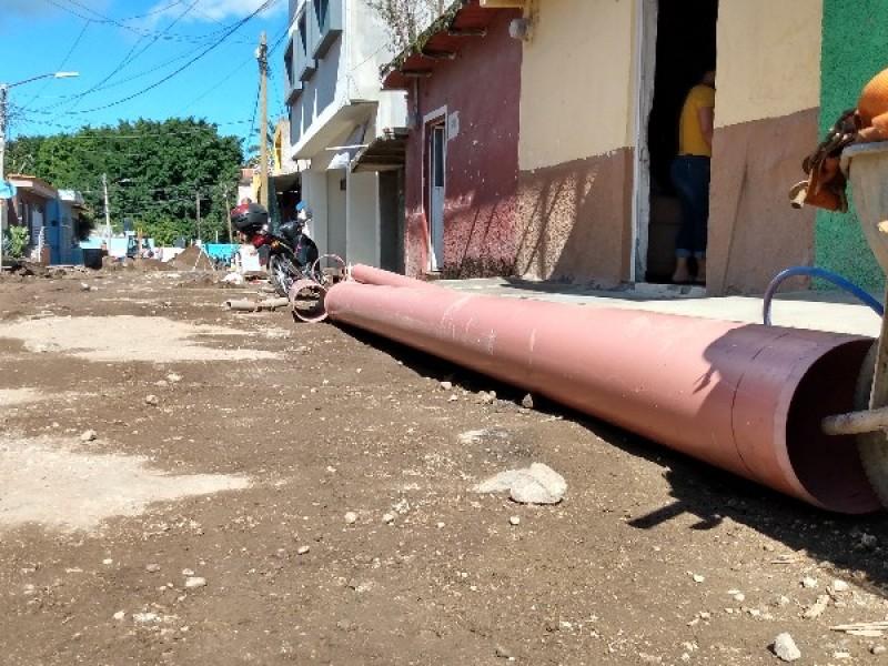 Temen vecinos inundaciones por obra en Colonia Peñita
