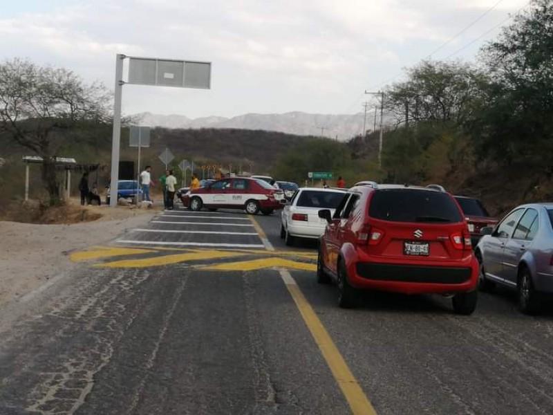 Tercer bloqueo del día en el Istmo; bloquean en Tequisistlán