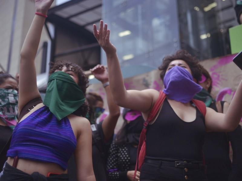 #TERREMOTOFEMINISTA: mujeres marchan en la CDMX
