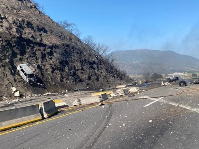 ¡Terrible accidente! sobre la autopista Tepic-Guadalajara deja varios muertos