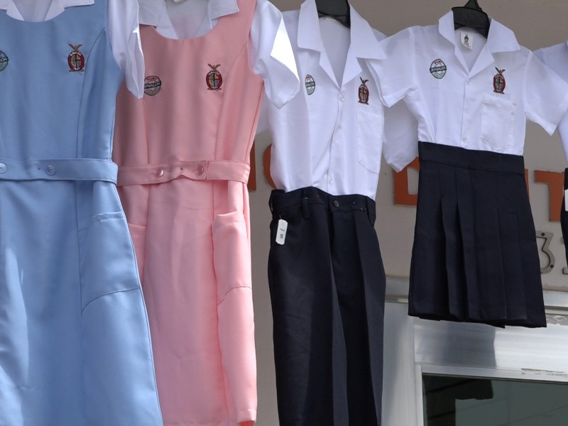 Textileros sin recibir luz verde para iniciar confección de prendas