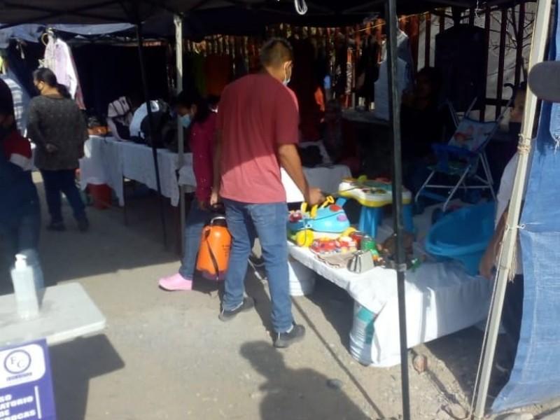 Tianguistas de FECOPSE implementan sanitizaciones diarias