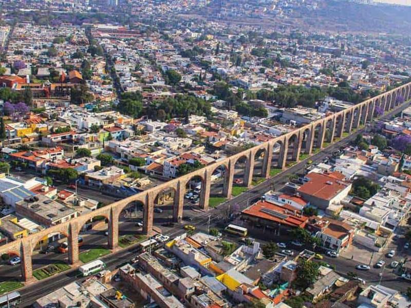 Tiene Querétaro  dos millones 368 mil 467 habitantes