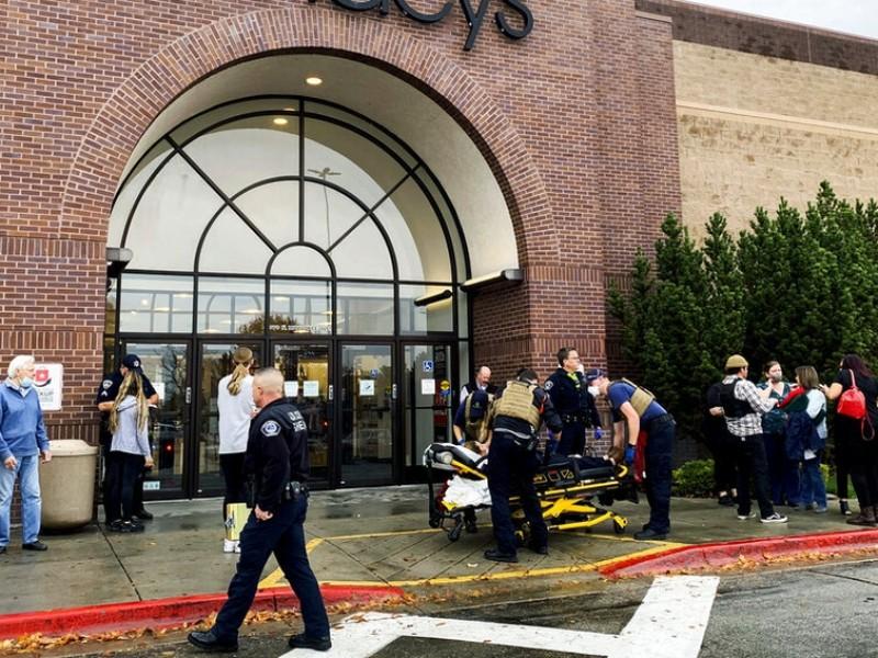 Tiroteo en centro comercial en EU deja dos muertos