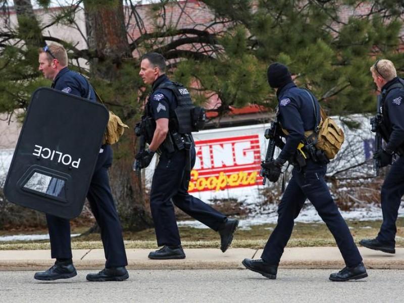 Tiroteo en supermercado en Colorado deja varias personas muertas