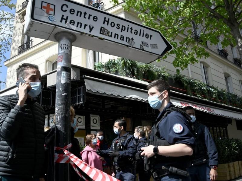 Tiroteo París: Un muerto y un herido frente a hospital