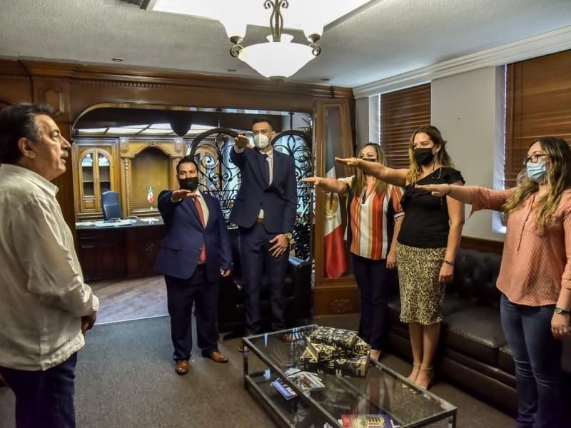 Toma protesta alcalde de Cajeme a nuevos funcionarios