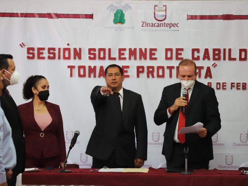 Toma protesta alcalde sustituto en Zinacantepec