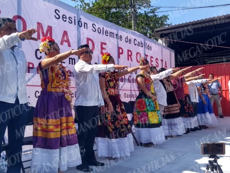Toma protesta el Cabildo de Juchitán