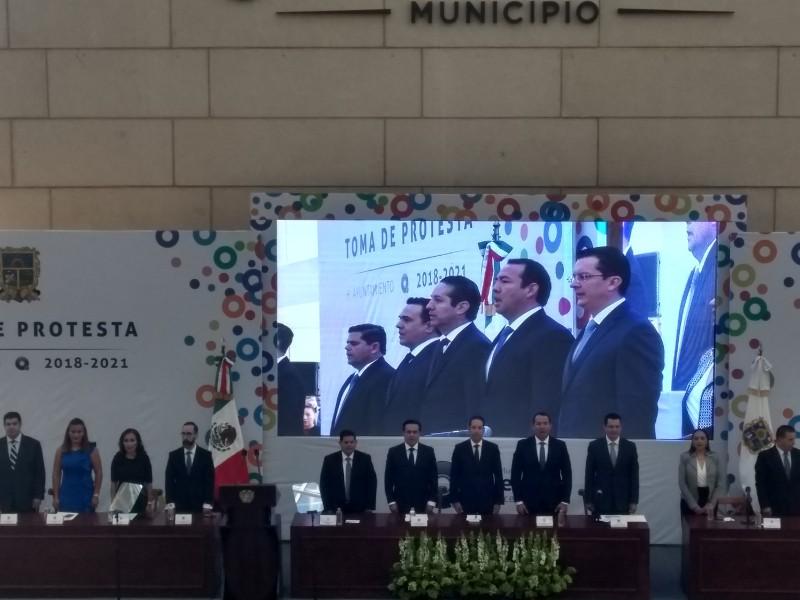 Toma protesta Luis Nava como alcalde de Querétaro
