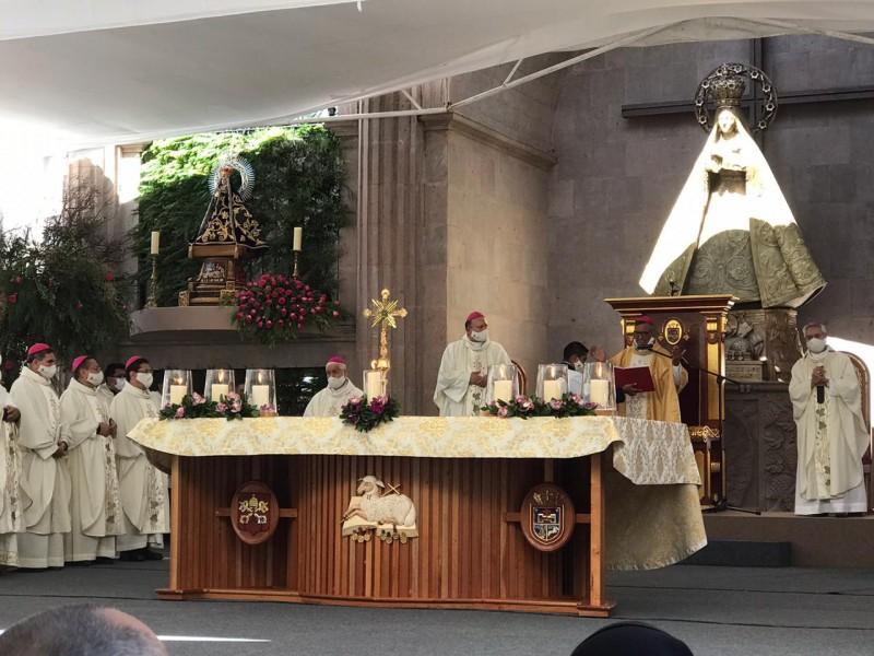 Tomó posesión Fidencio López Plaza como obispo de Querétaro