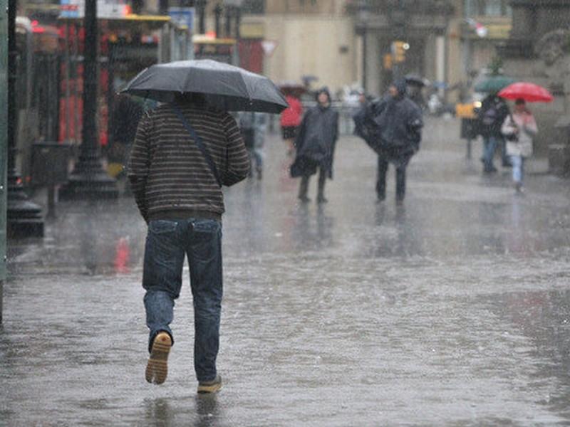 Tormenta tropical Cristina podría convertirse en huracán en próximas horas