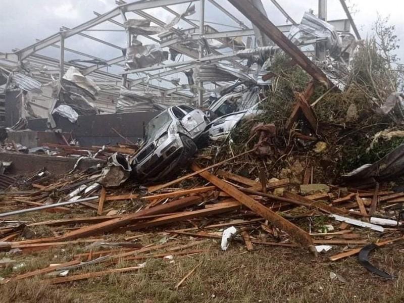 Tornado en República Checa deja tres muertos y decenas heridos