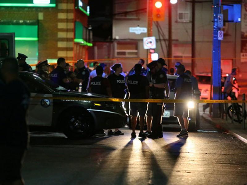 Toronto: Tres muertos y 12 heridos por Tiroteo