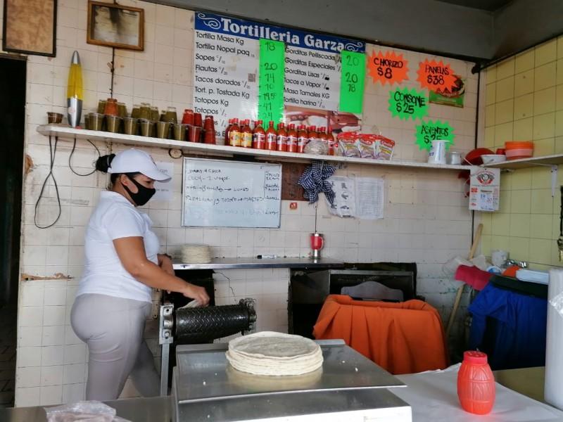 Tortillerías en serias complicaciones por altos costos de energía eléctrica
