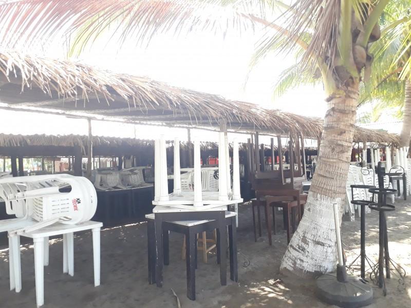 Ramadas y playas vacías en San Blas
