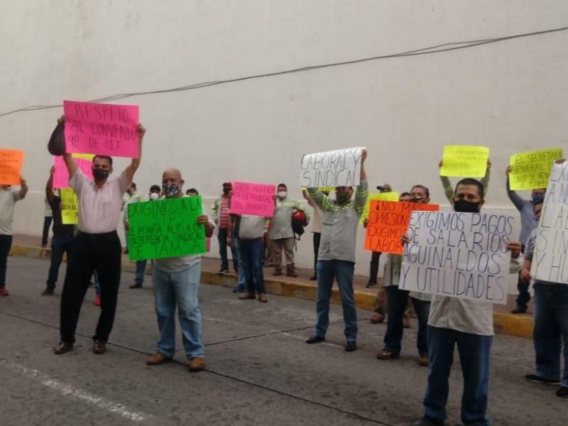 Trabajadores de Tamsa se manifiestan frente a Palacio Federal