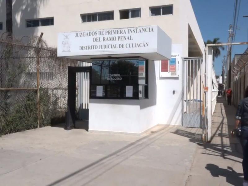 Trabajadores del Centro Penitenciario de Aguaruto se manifiestan