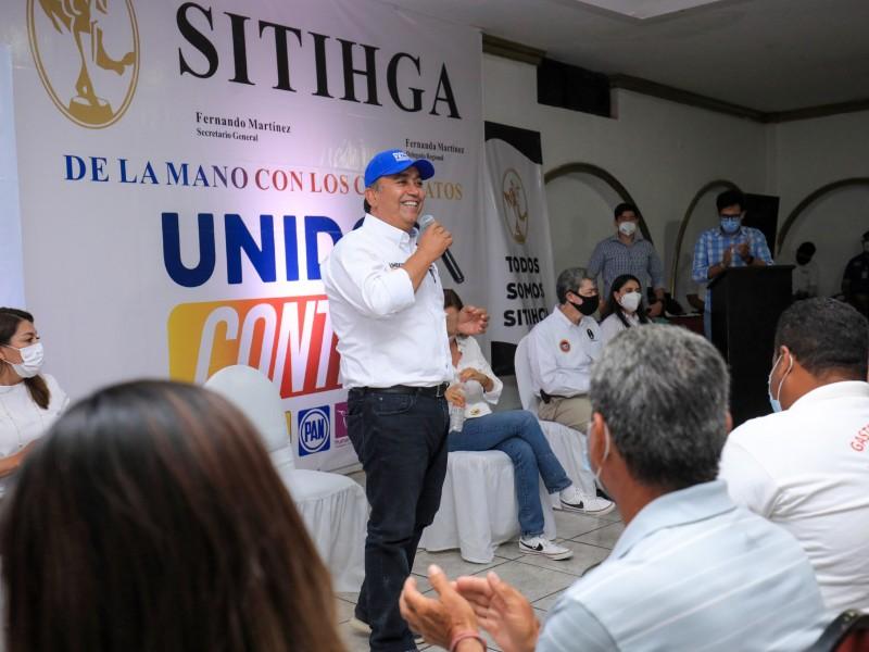 Trabajadores hoteleros han engrandecido a Los Cabos: Pancho Pelayo