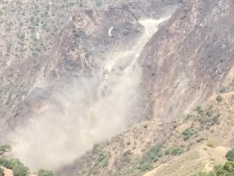 📹Trabajadores quedan sepultados en mina de Chihuahua
