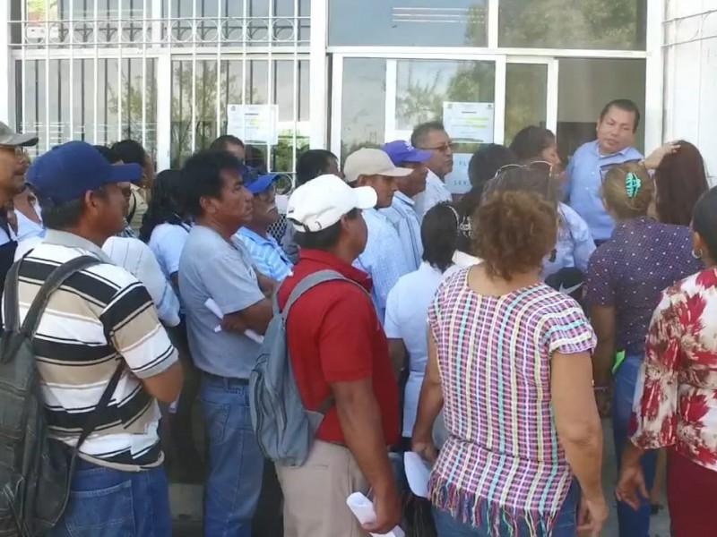 Trabajadores sindicalizados del ayuntamiento finalmente cobran su quincena
