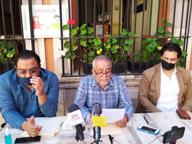 Trabajadores y pensionados del SNTE inconformes con sus pagos
