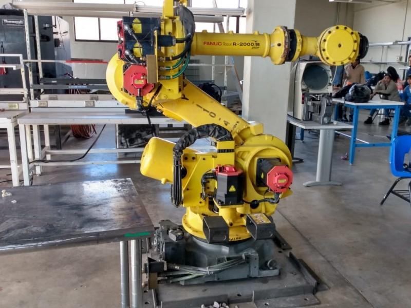 Trabajan con robots en UTG
